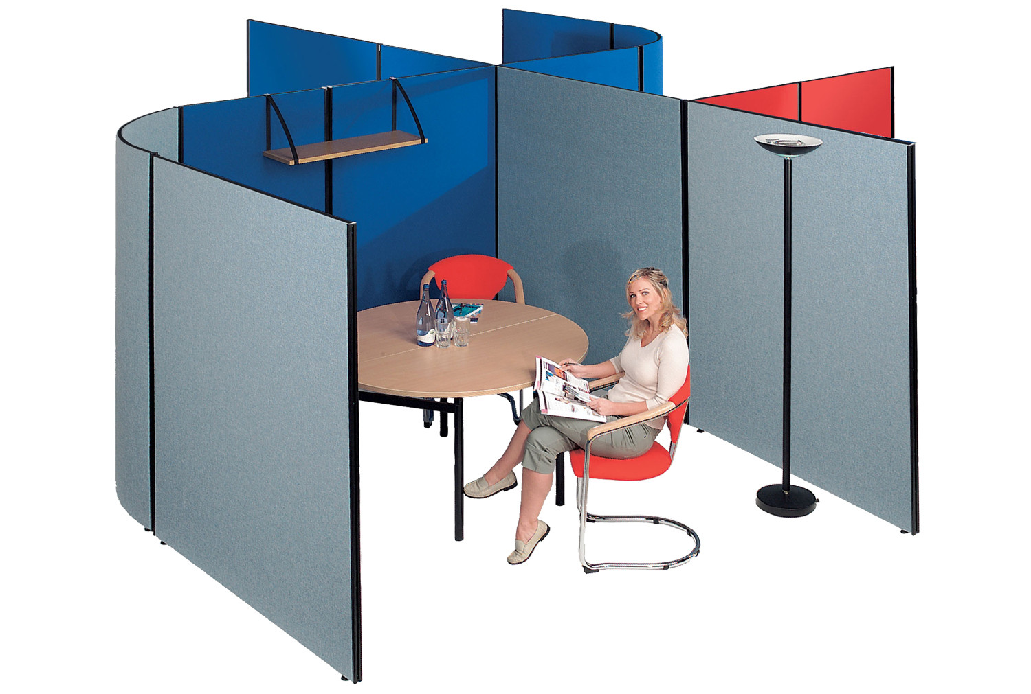 Busyscreen multi functional screen system