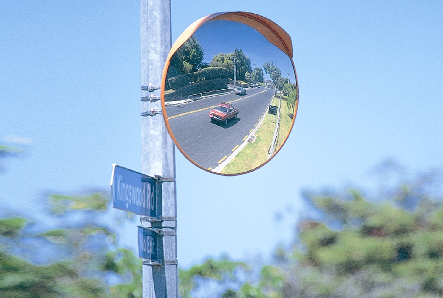 Deluxe Heavy Duty Exterior Convex Safety Mirror 800mm Dia