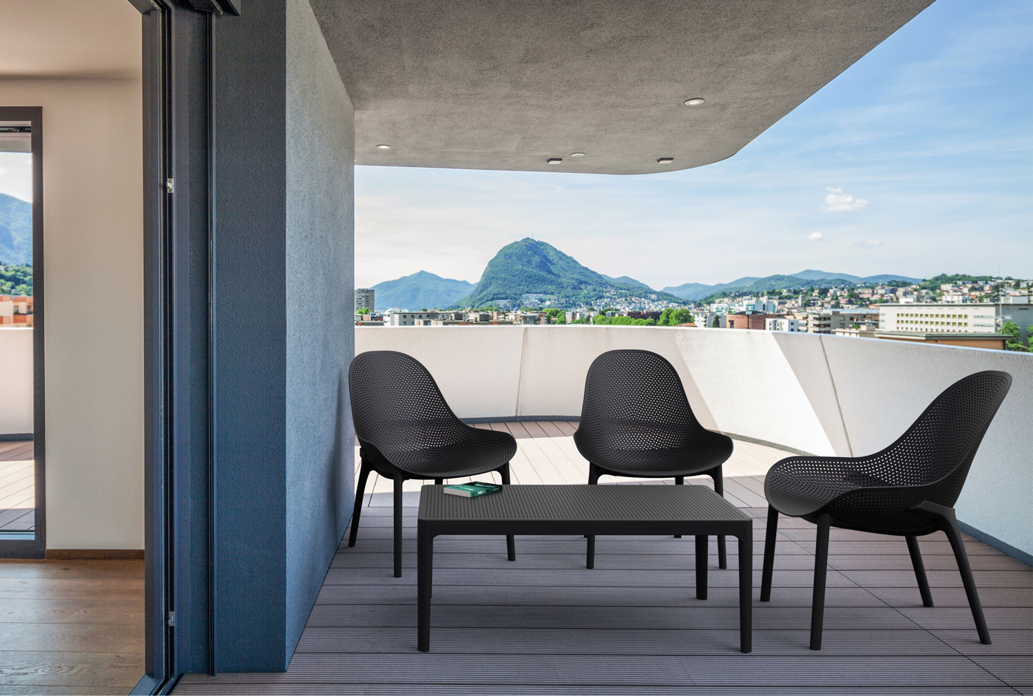 Pack Of 4 Scilla Lounge Chairs