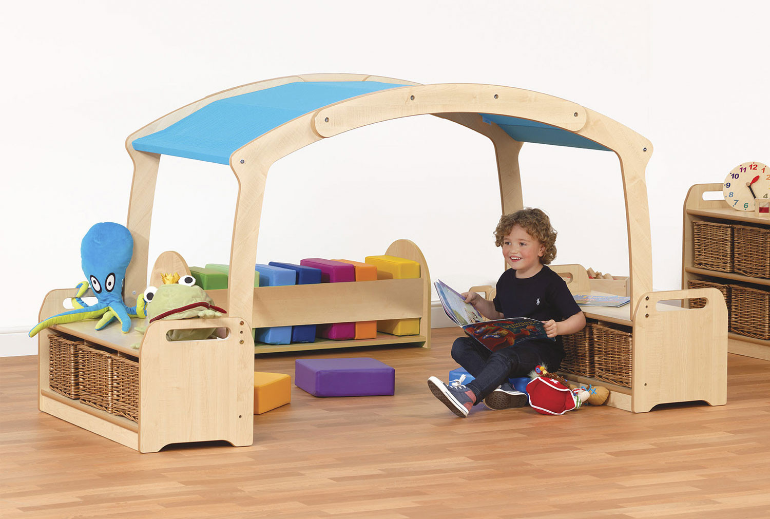 Playscapes Low Den Cave Set With Baskets