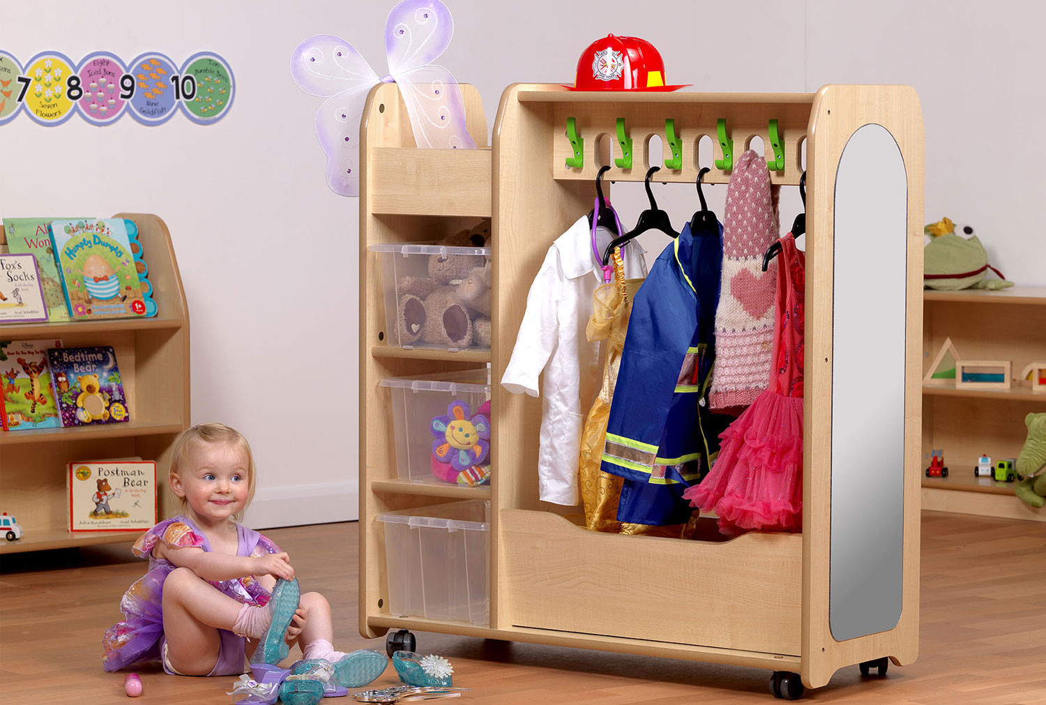 Playscapes Mobile Dressing Up Trolley